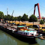 ms Terra Nova met nieuw hijstuig in Rotterdam juli 2015